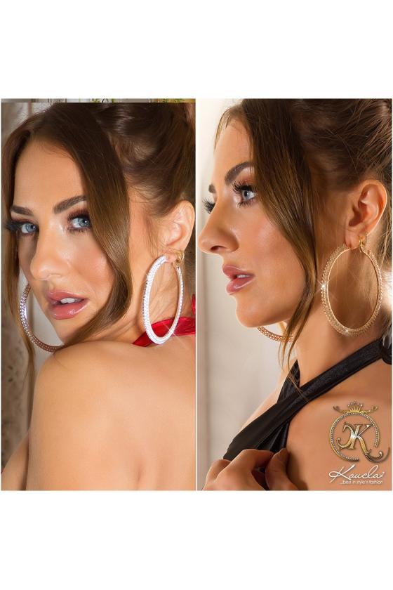 Kapučino spalvos suknelė aukštu kaklu