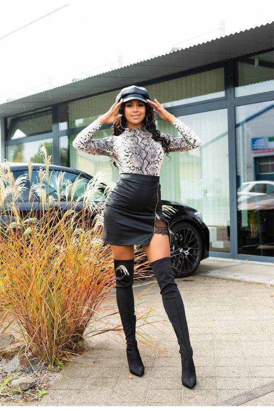 Smėlio spalvos mezgta suknelė su praskiepu_242350