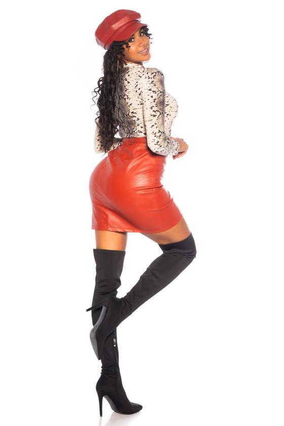 Juodos spalvos mezgta suknelė su praskiepu_242354