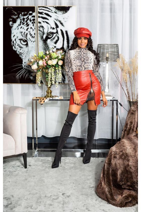 Raudonos spalvos mezgta suknelė su praskiepu_242356