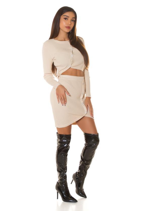 Raudona elegantiška midi suknelė su dailia iškirpte_242422