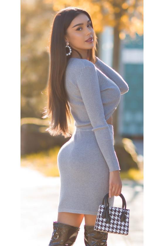 Mėlynos elegantiška midi suknelė su dailia iškirpte_242437