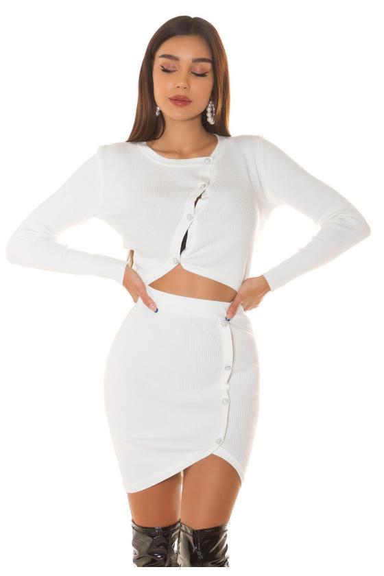 Raudonos spalvos megztinis su elniais_242533
