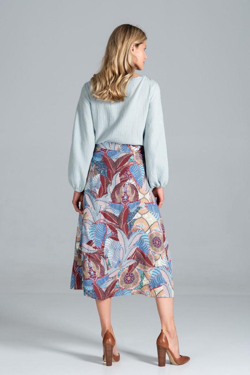 Seksuali smėlinė suknelė su gipiūro rankovėmis