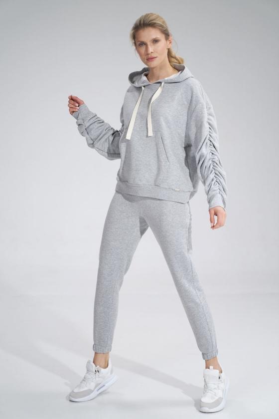 Prabangi suknelė su tiuliu dekoruota žvyneliais_57663