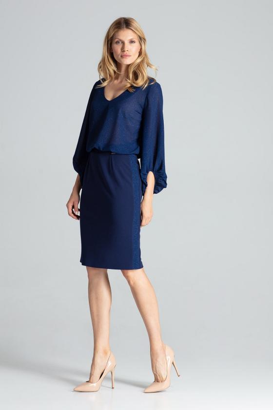 Prabangi juoda suknelė su tiuliu dekoruota žvyneliais