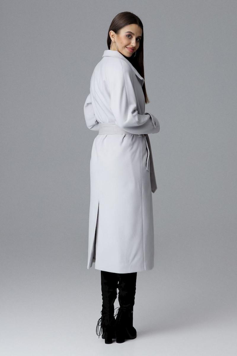 Seksuali juodos spalvos suknelė su gipiūro detalėmis