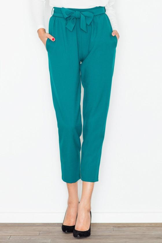 Seksuali juodos spalvos suknelė su gipiūro detalėmis_57712