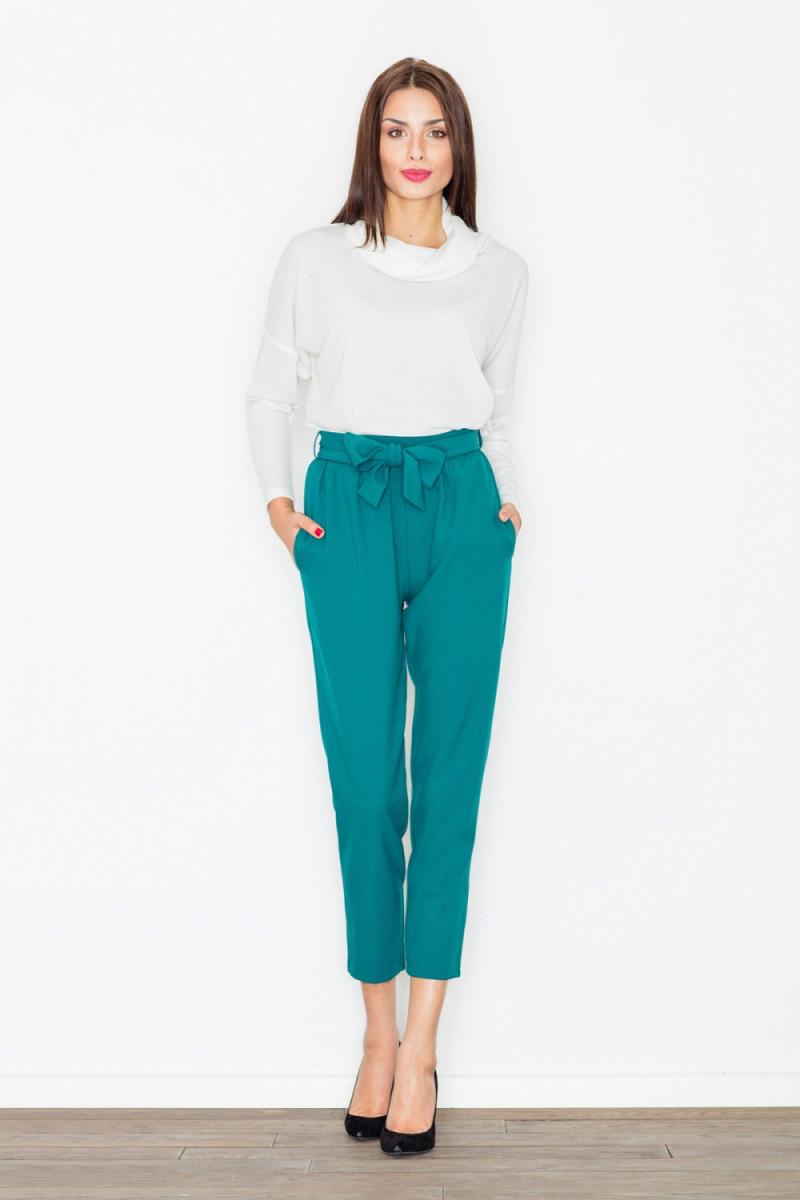 Seksuali juodos spalvos suknelė su gipiūro detalėmis_57713