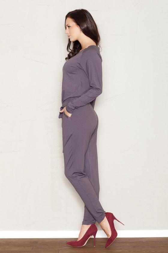 Baltos spalvos laisvalaikio kostiumas_57883