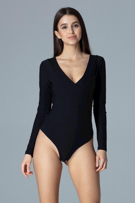 Raudona oversize suknelė su gobtuvu