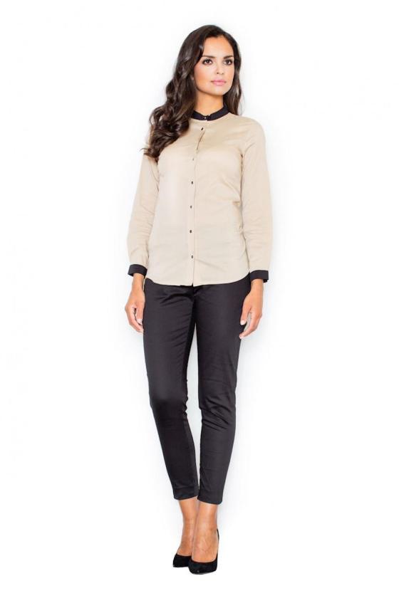 Kapučino spalvos suknelė su kapišonu ir kišenėmis