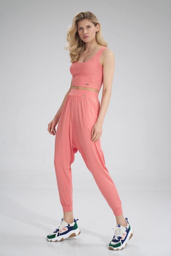 Dailus violetinės spalvos laisvalaikio kostiumas atvirais pečiais_58809