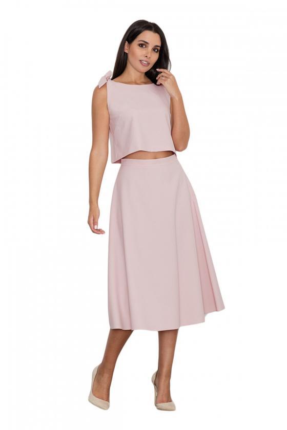 Klasikinė smėlio spalvos suknelė su dekoratyvia sagtimi_59046