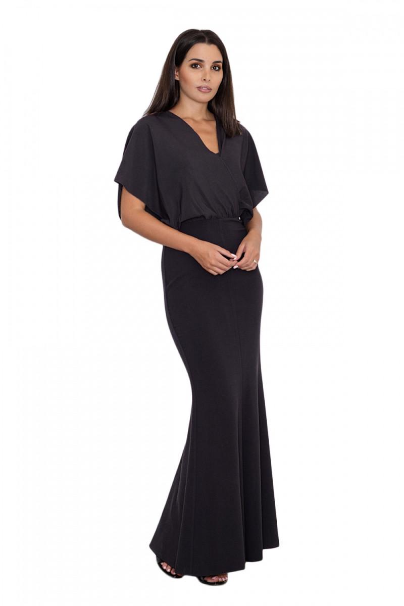 Elegantiška juoda suknelė dekoruota nėriniais