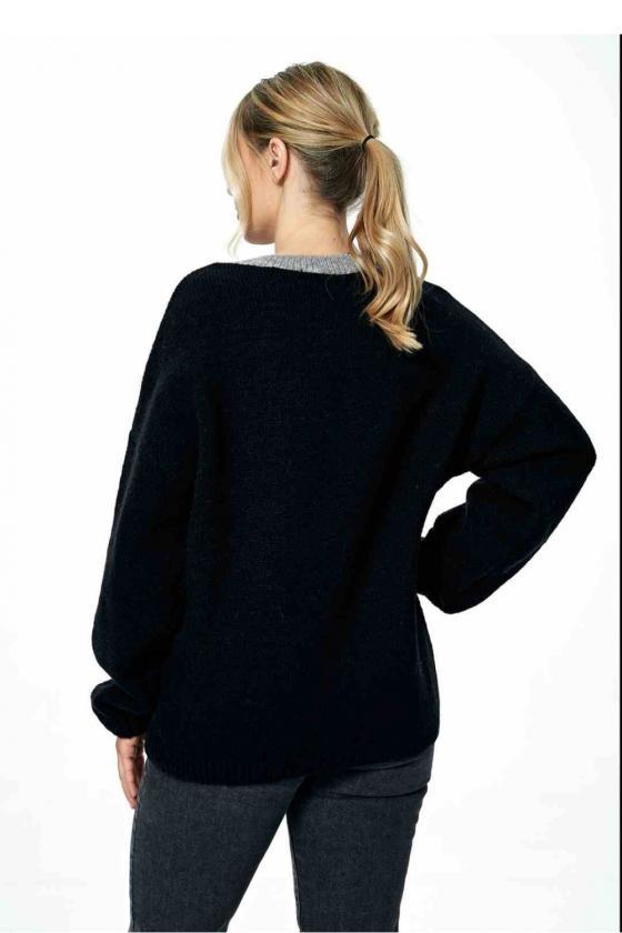 Balta laisvalaikio  suknelė su kapišonu_60119