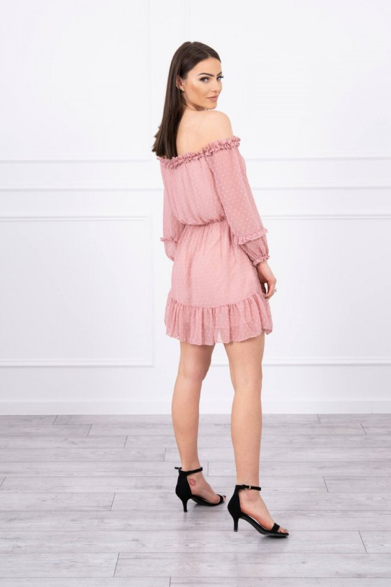 Romantiška rausvos spalvos suknelė atvirais pečiais_60233
