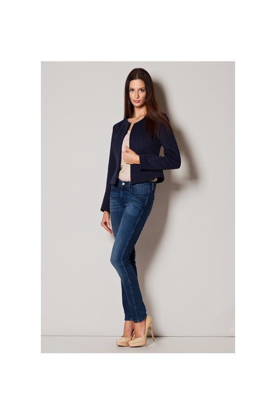 Romantiška rausvos spalvos suknelė atvirais pečiais_60235