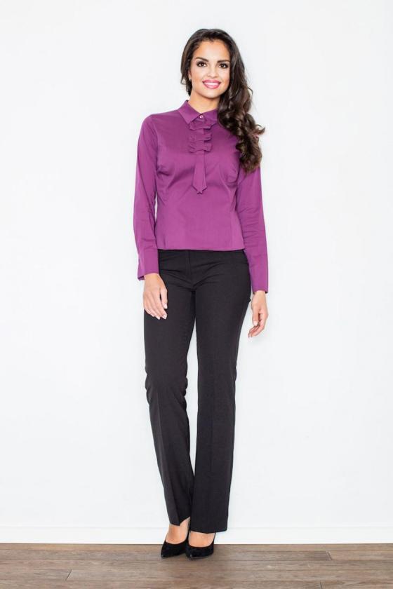 Romantiška smėlio spalvos suknelė atvirais pečiais