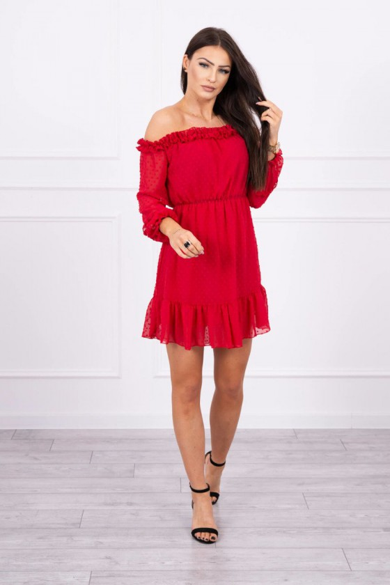 Romantiška raudonos spalvos suknelė atvirais pečiais_60249