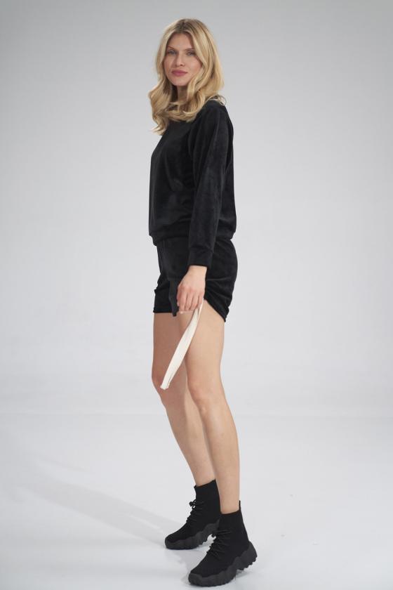 Stilingi mėlyni džinsiniai šortai