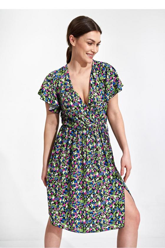 Raudona padidinto modelio suknelė su gobtuvu