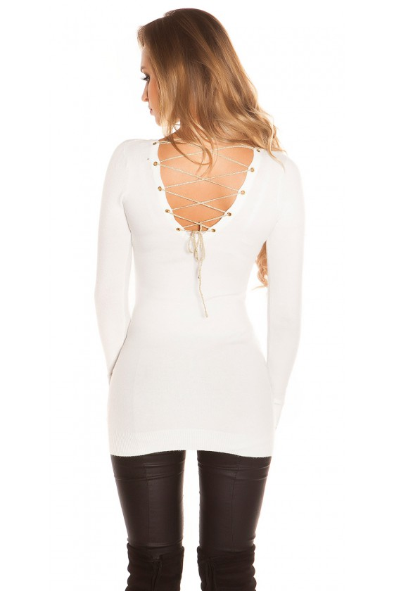 Baltos spalvos viskozinis megztinis su iškirpte nugaroje_61211