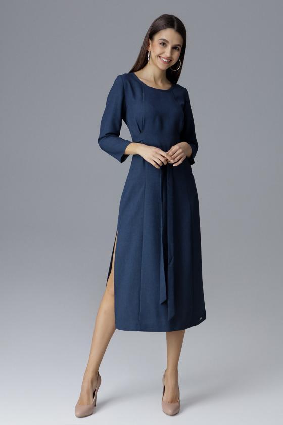Baltos spalvos viskozinis megztinis su iškirpte nugaroje_61213