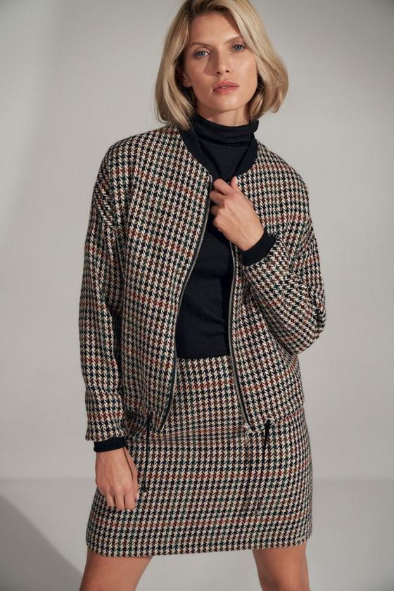 Elegantiška raudona suknelė su nėrinių intarpais