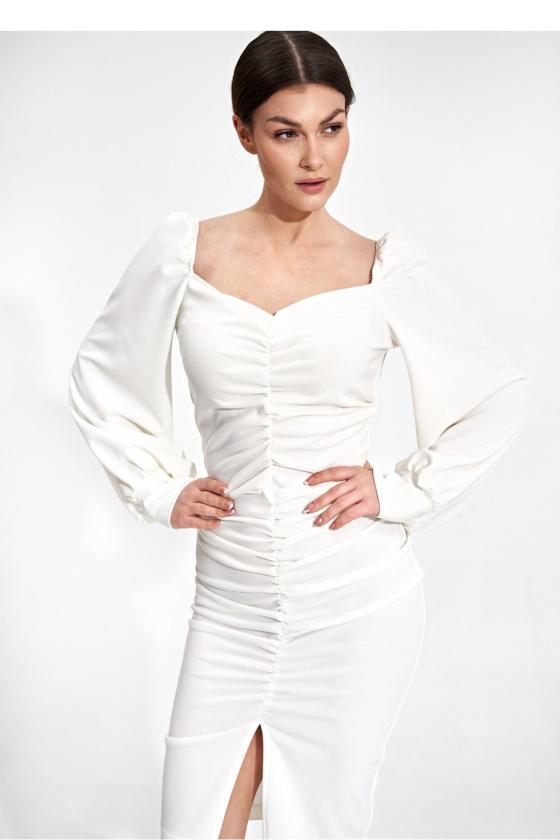 Elegantiška juoda suknelė su nėrinių intarpais
