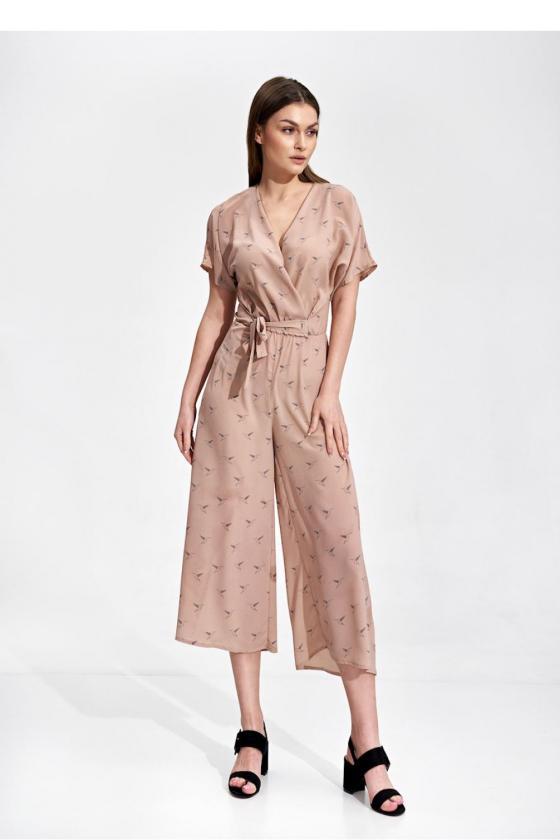 Balta ilga suknelė dekoruota perliukais_61898