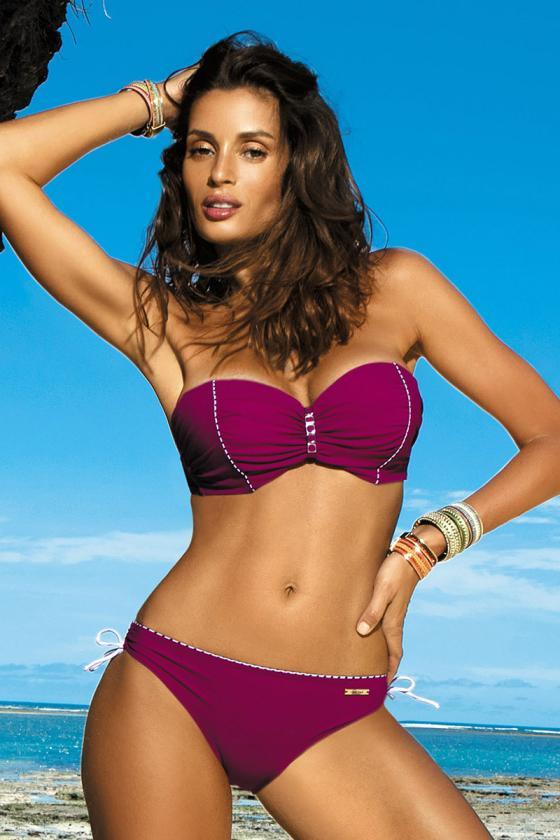 Elastinga pilkos spalvos suknelė dekoruota sagomis