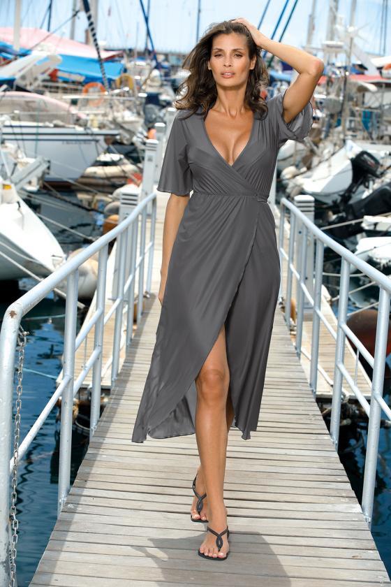 Elastinga alyvų spalvos suknelė dekoruota sagomis