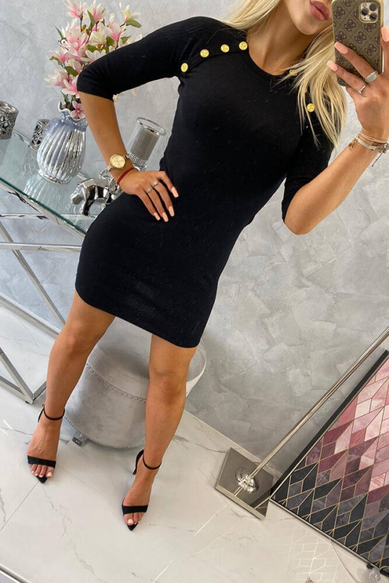 Elastinga juodos spalvos suknelė dekoruota sagomis_62318