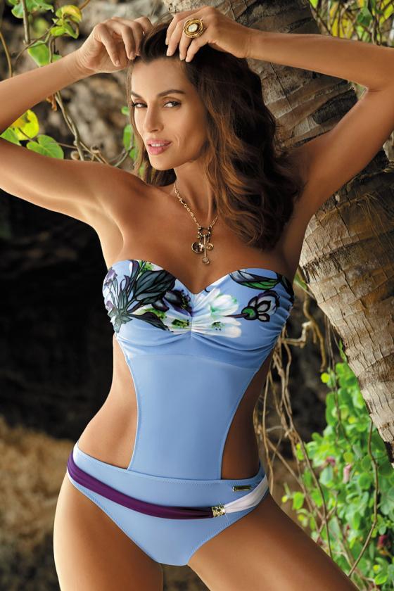 Raudonos spalvos laisvalaikio komplektas su oversize palaidine