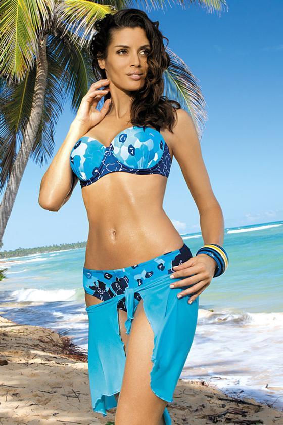 Raudonas sportinis kostiumas dekoruotas juostomis_62718