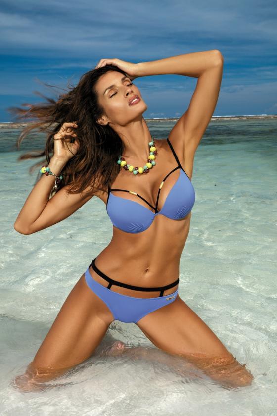 Įspūdinga alyvų spalvos suknelė gipiūrinėmis rankovėmis