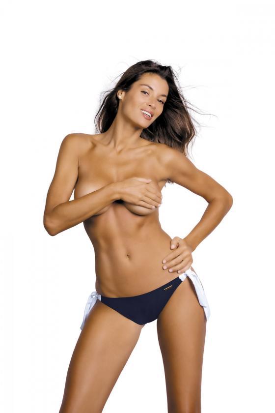 Daili pilka suknelė su užrašais ir iškirpte nugaroje_63678