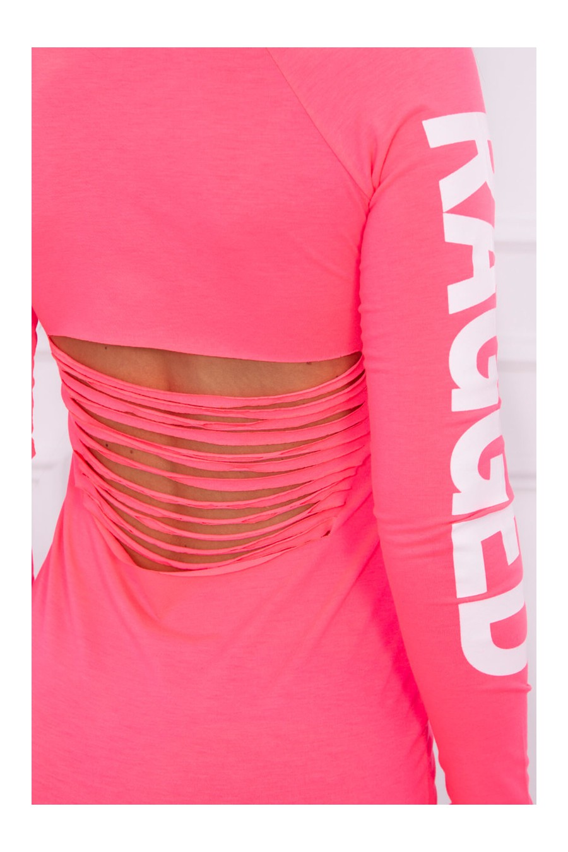 Daili neoninė rožinė suknelė su užrašais ir iškirpte nugaroje_63697